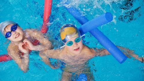 Nadstandardni plavalni tečaj za otroke